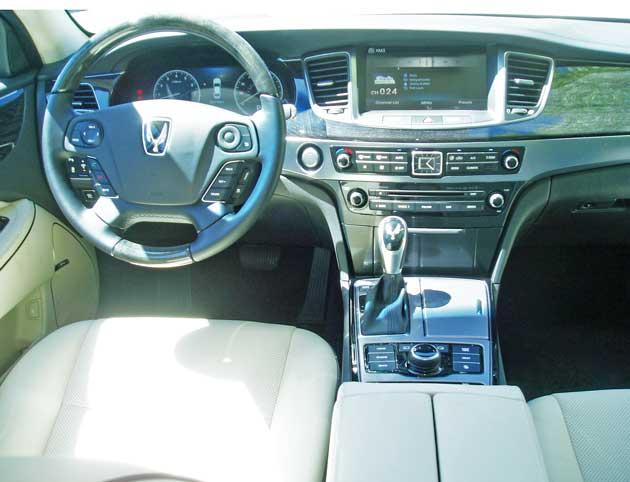 Hyundai-Equus-Dsh