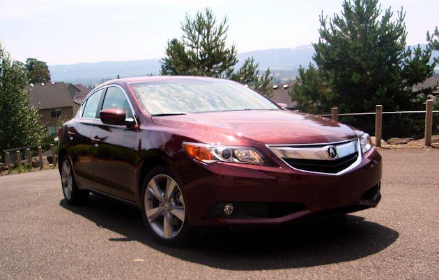 2014 Acura ILX front
