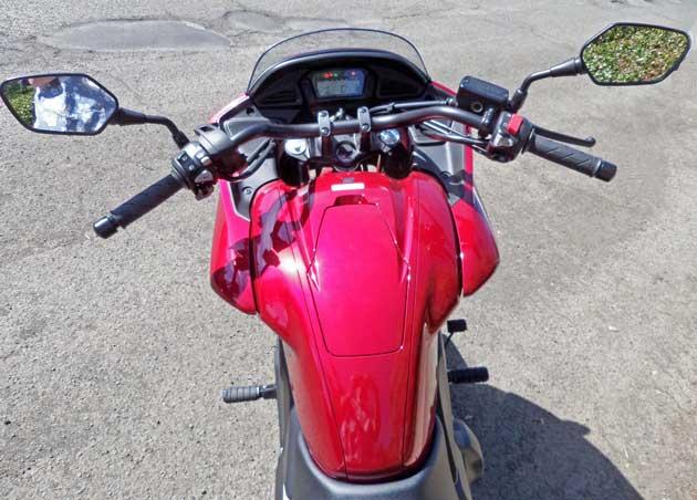 Honda-CTX-700D-Cntrls