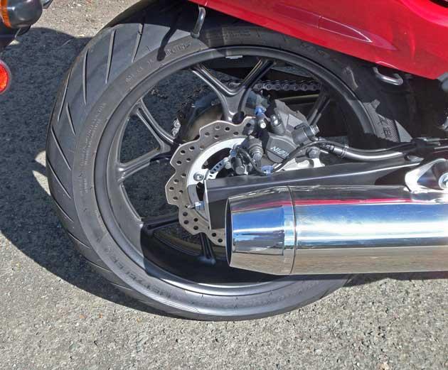 Honda-CTX-700D-RWhl