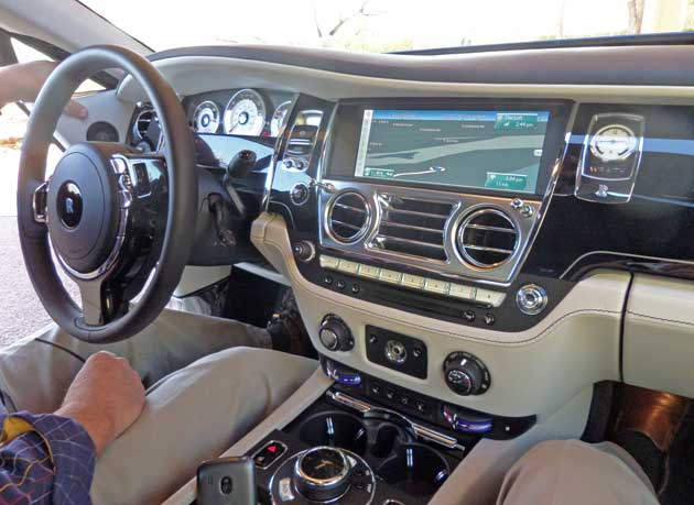 Rolls-Royce-Wraith-Dsh