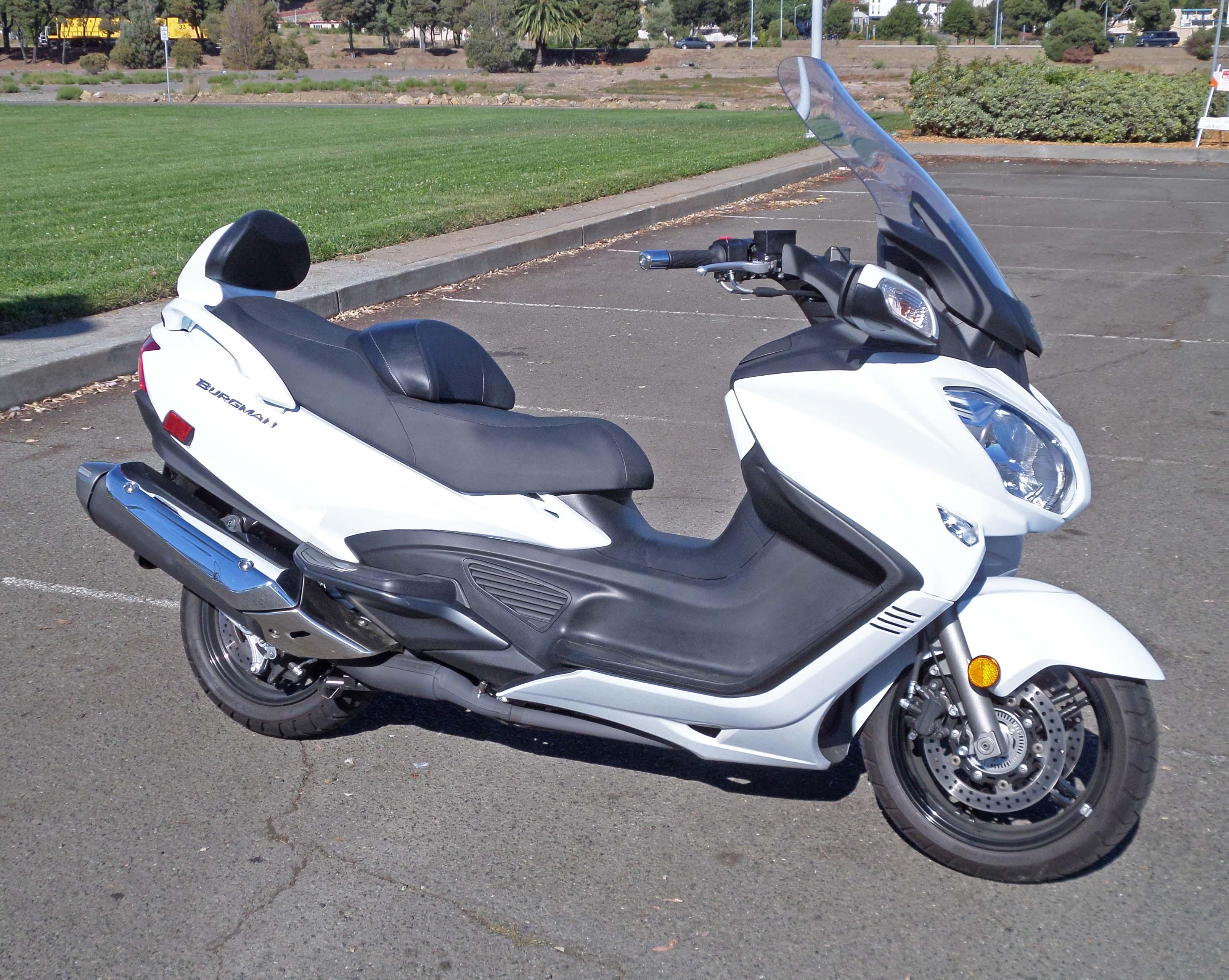 2013 Suzuki Burgman 650 ABS Test Ride