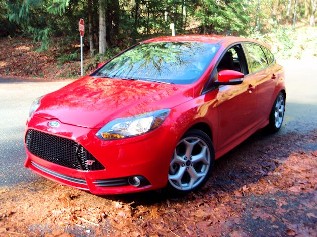 2014 Ford Focus ST front