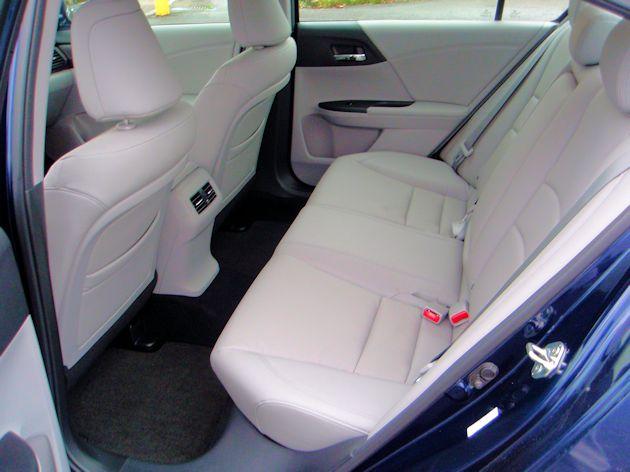 2014 Honda Accord rearSeat
