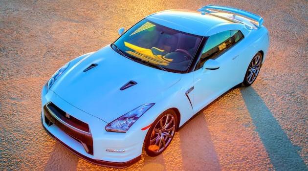 Nissan GT-R Premium Test Drive