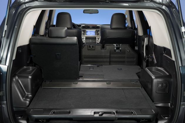 2014 Toyota 4Runner cargo2