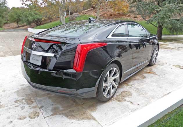Cadillac-ELR-RR