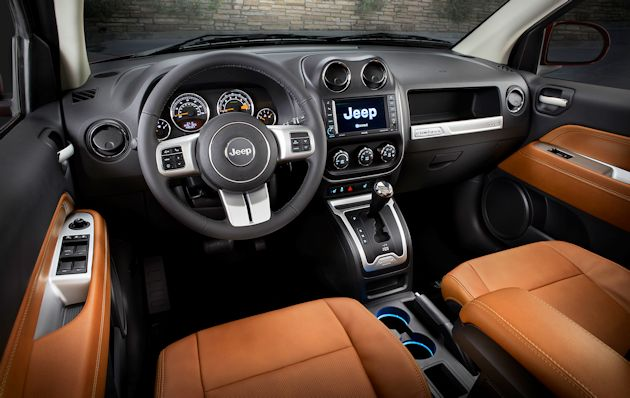 2014 Jeep Compass dash