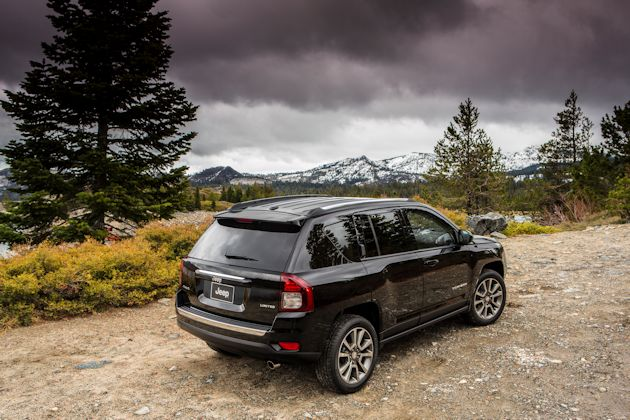 2014 Jeep Compass rearQ