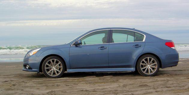 2014 Subaru Legacy sideS