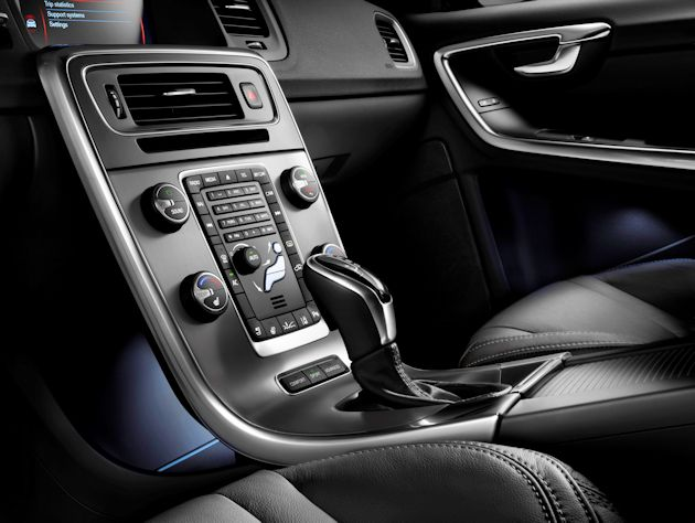 2015 Volvo cluster Drive-E. console