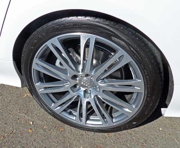 Audi-Q5-TDI-Whl