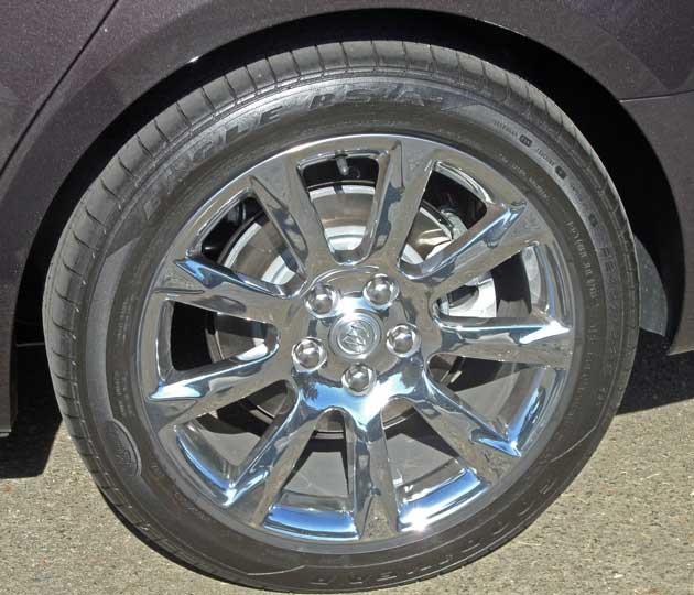 Buick-LaCrosse-Whl