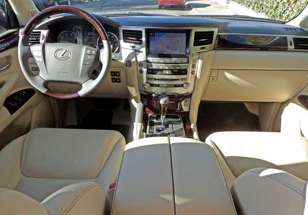 Lexus-LX-570-Dsh