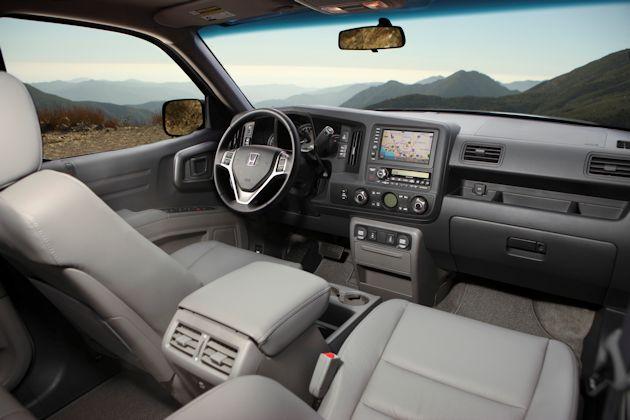 2014 Honda Ridgeline interior