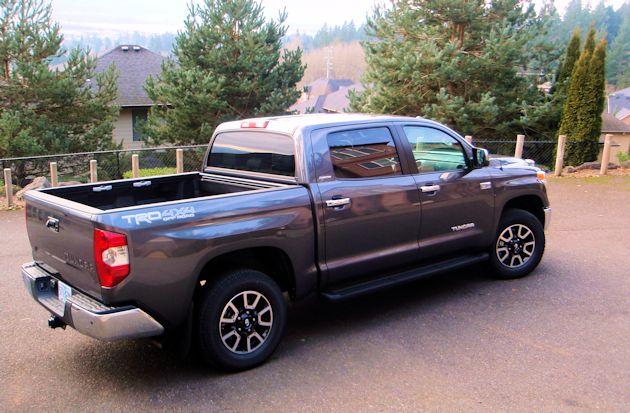 2014 Toyota Tundra rearQ