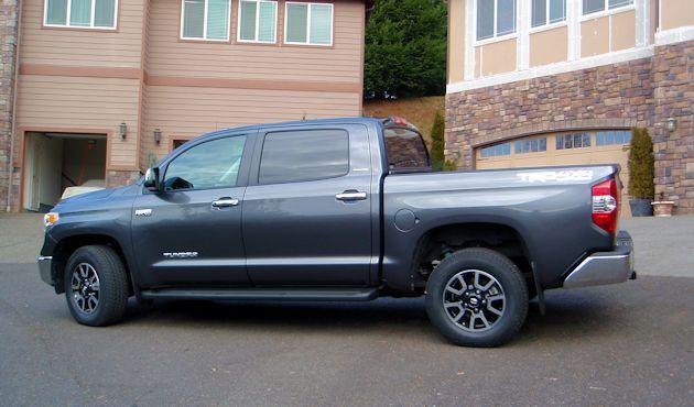 2014 Toyota Tundra side