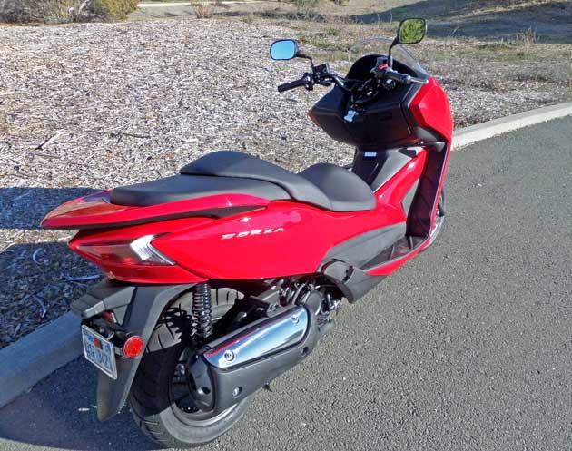 Honda-Forza-Scooter-RSR
