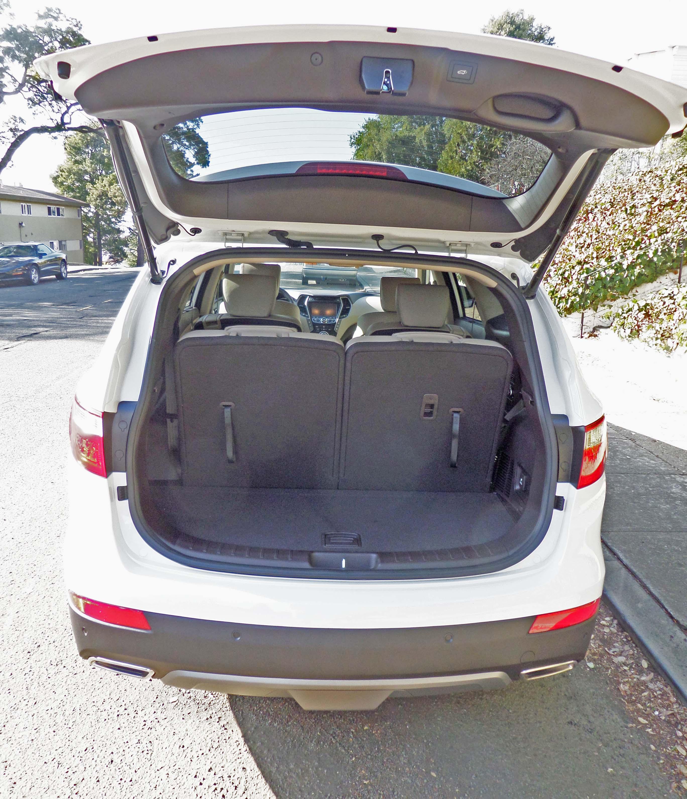 Hyundai 6 Passenger: 2014 Hyundai Santa Fe Limited Test Drive