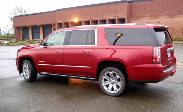 Full Size SUVs Yukon XL side