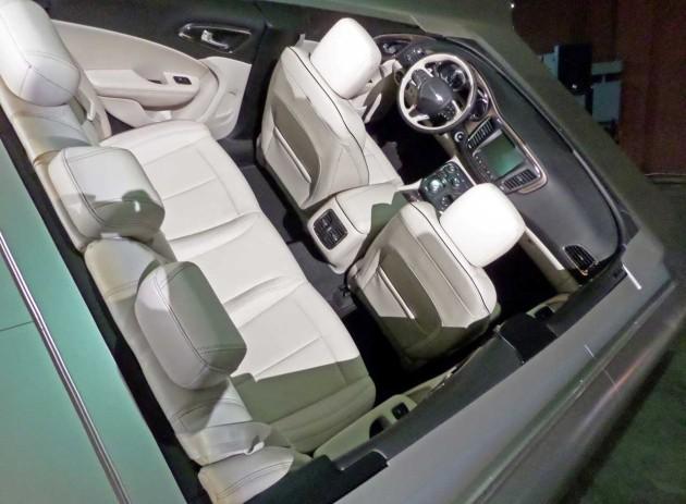 _Chrysler-200-full-Interior