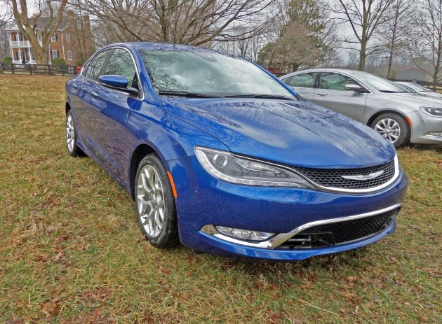 Chrysler-200C-Blu-FF