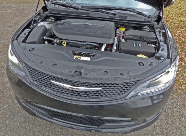 Chrysler-200S-Engine-