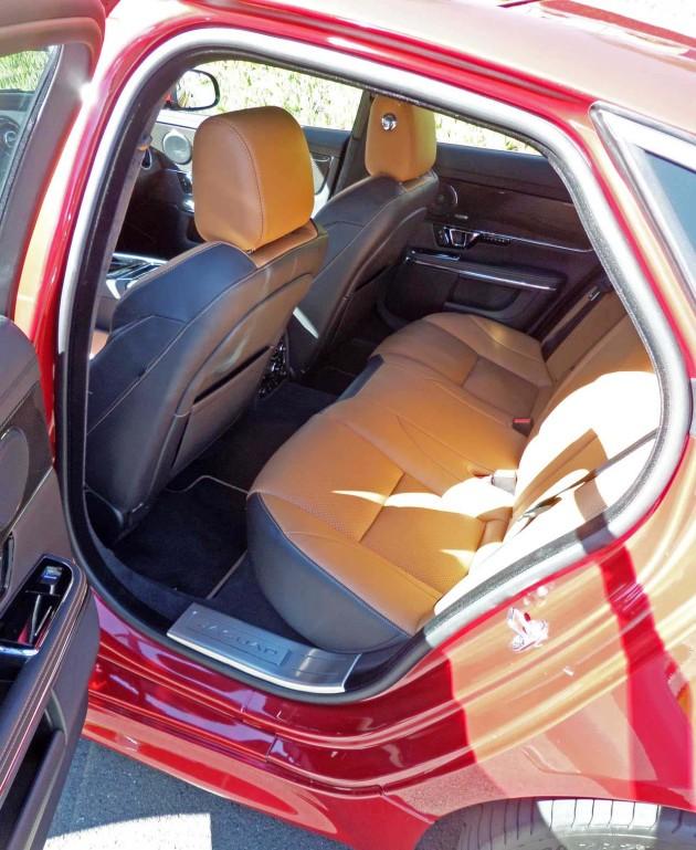 Jaguar-XJR-RR-Seat