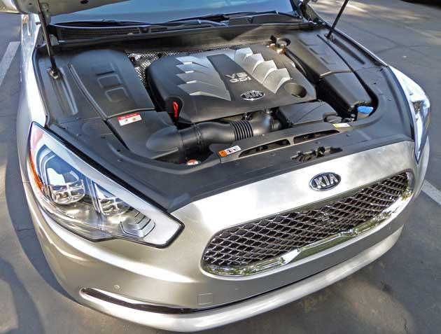 Kia-K900-Eng