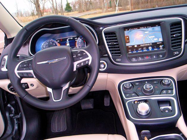 2014 Chrysler 200 dash