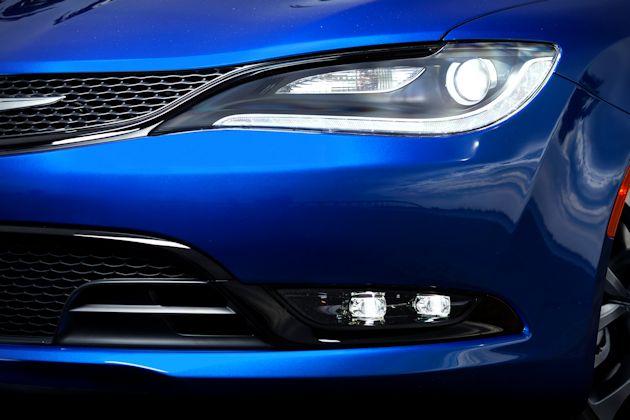 2015 Chrysler 200 Test Drive