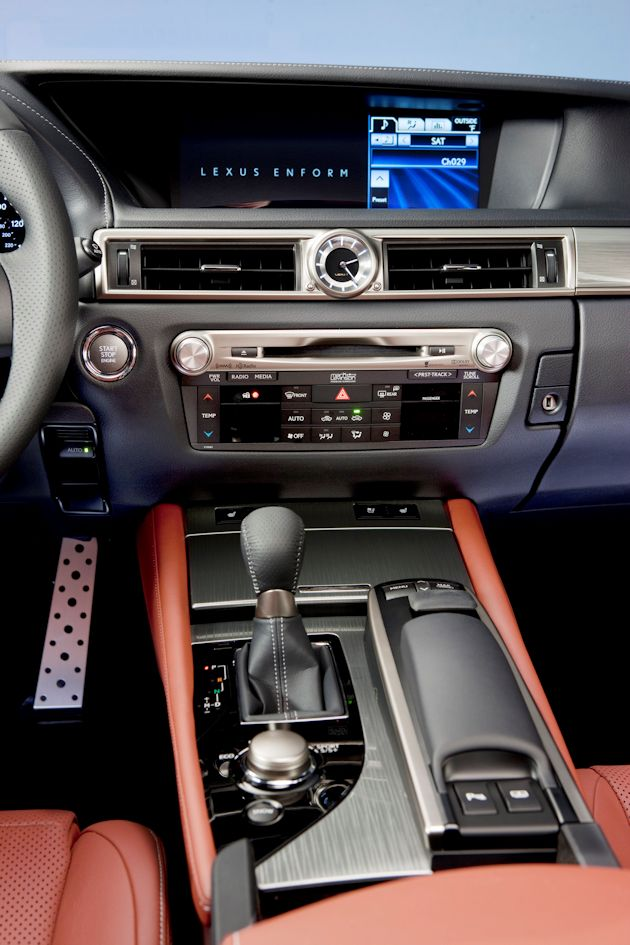 2014 Lexus GS--console center stack