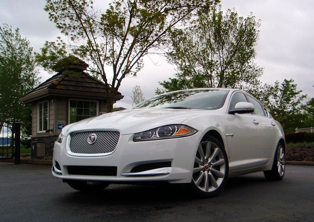 2014 Jaguar XF front low