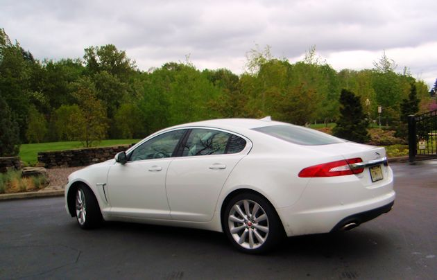 2014 Jaguar XF rear Q