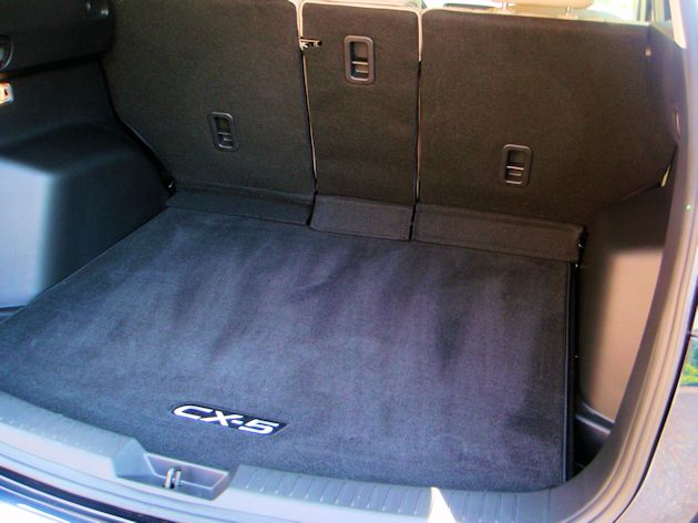 2014 Mazda CX-5 cargo