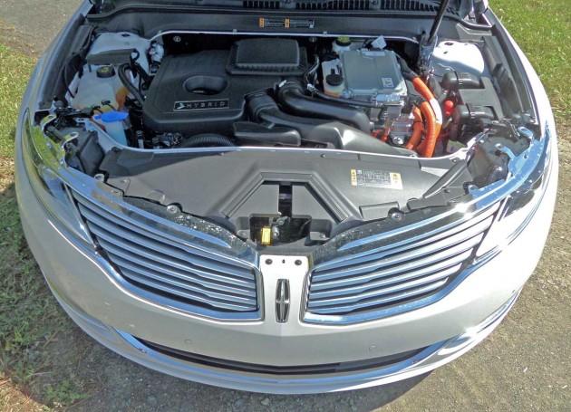 Lincoln-MKZ-Hybrid-Eng