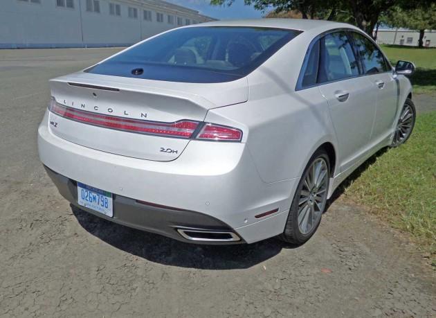 Lincoln-MKZ-Hybrid-RSRR