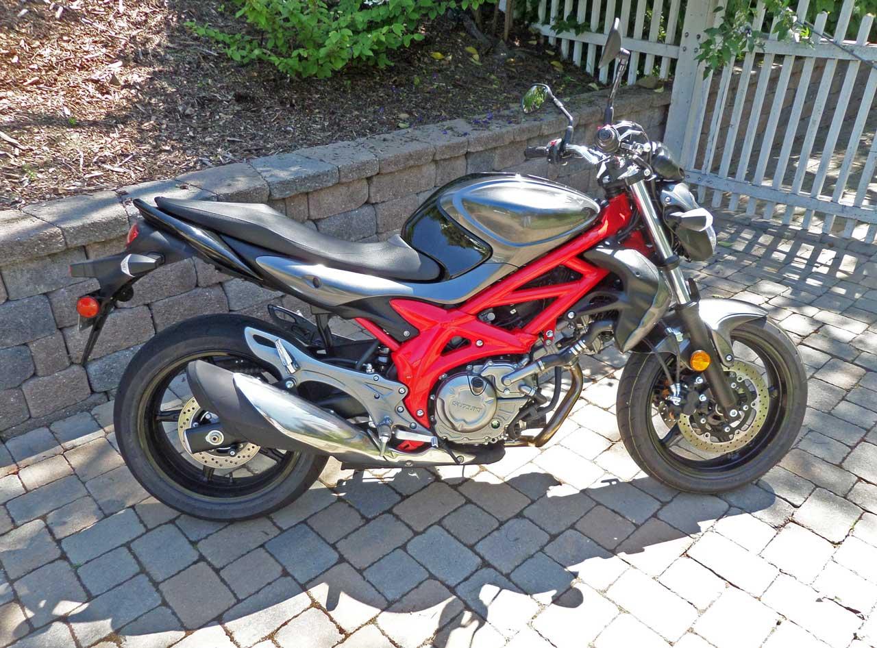 2014 Suzuki SFV650 Test Ride