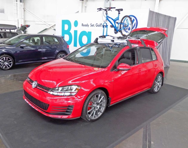 VW-Golf-GTI-Disp
