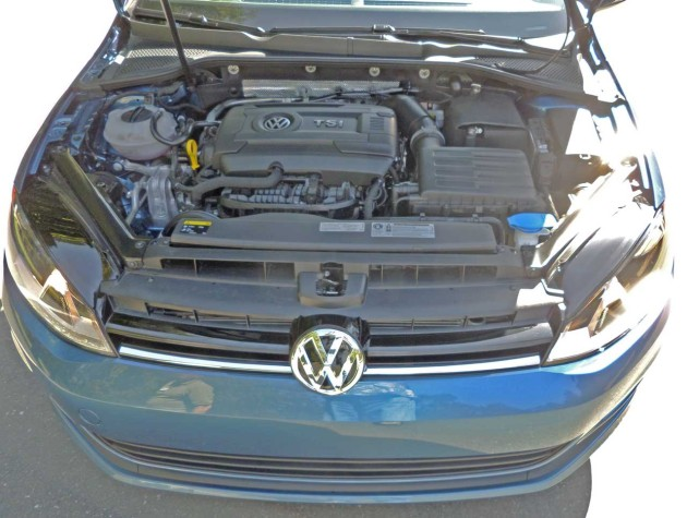 VW-Golf-TSI-Eng
