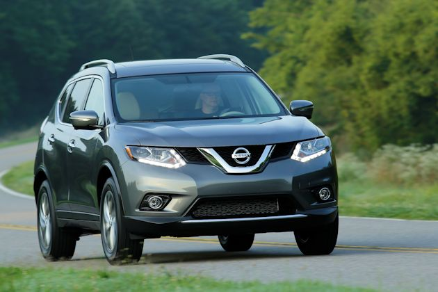 2014 Nissan Rogue front 2