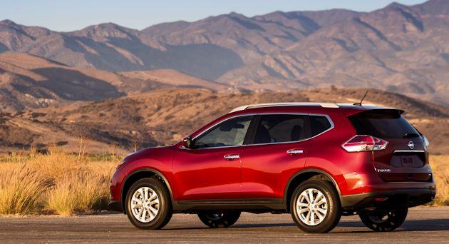 2014 Nissan Rogue rear q