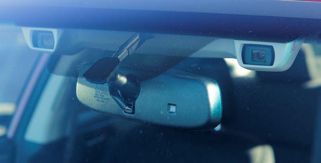 2015 Subaru Legacy EyeSight cameras