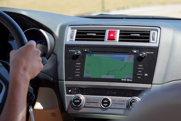 2015 Subaru Legacy center stack