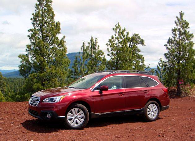 2015 Subaru Outback side