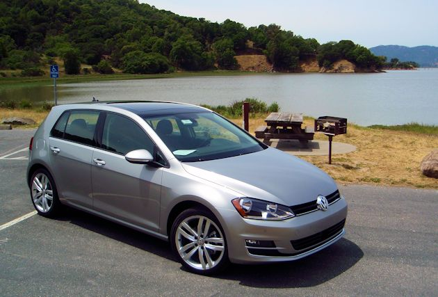 2015 Volkswagn Golf front q