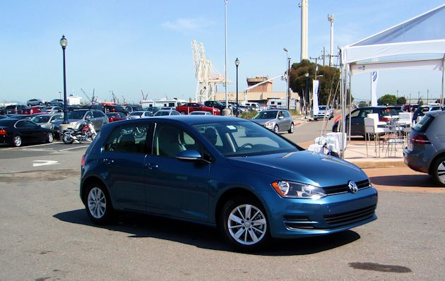 2015 Volkswagn Golf front q2