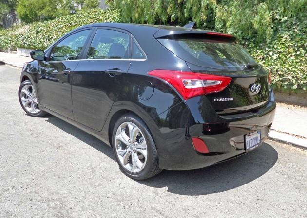 Hyundai-Elantra-GT-LSR