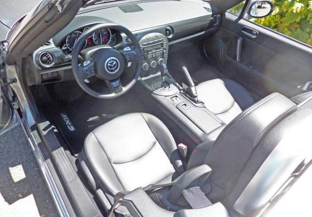 Mazda-MX-5-GT-Int