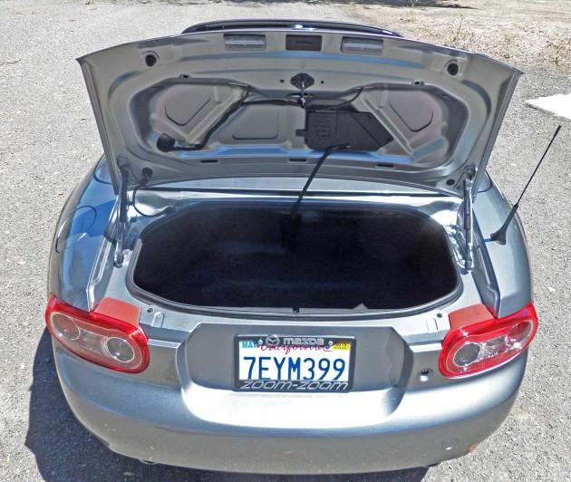Mazda-MX-5-GT-Trnk